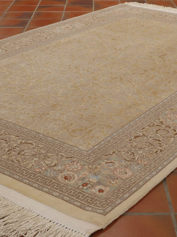 Fine part silk Persian Isfahan rug - 262510