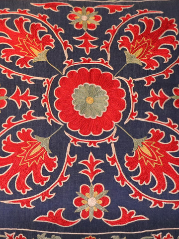 Fine Uzbek silk hand embroidered cushion - 263123