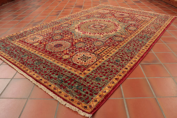 With it's wonderfully hypnotic design, this Fine Afghan Mamluk will have you staring at each focal point for hours on end!
