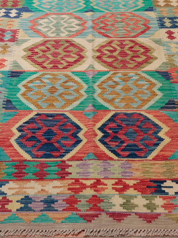 With it's bold colours and geometry, this Kilim will be a wonderful fit for both a modern and a traditional home.