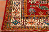 short fringes are eaier to maintain and live with. The carpet is unlikely to suffer from fraying when the warps are tied in this way.
