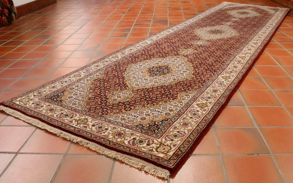 Fine Indian Tabriz runner - 295594