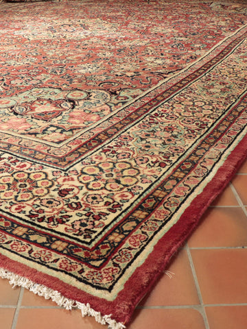 Semi old Persian Mahal carpet - 518401