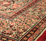 This Persian Mahal is extremely hard wearing and ideal for a country home.