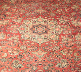 A superb quality Persian Mahal carpet that has already had 30/40 years use in Iran.