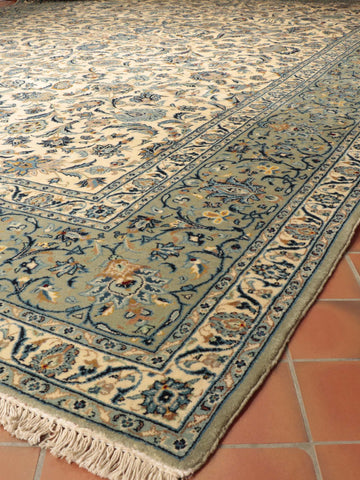 Persian Kashan oversize carpet - 518412