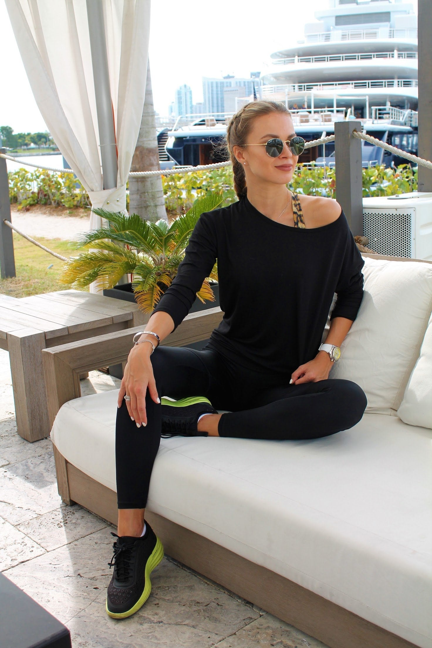 Burn It Cut Out Back Top - Black