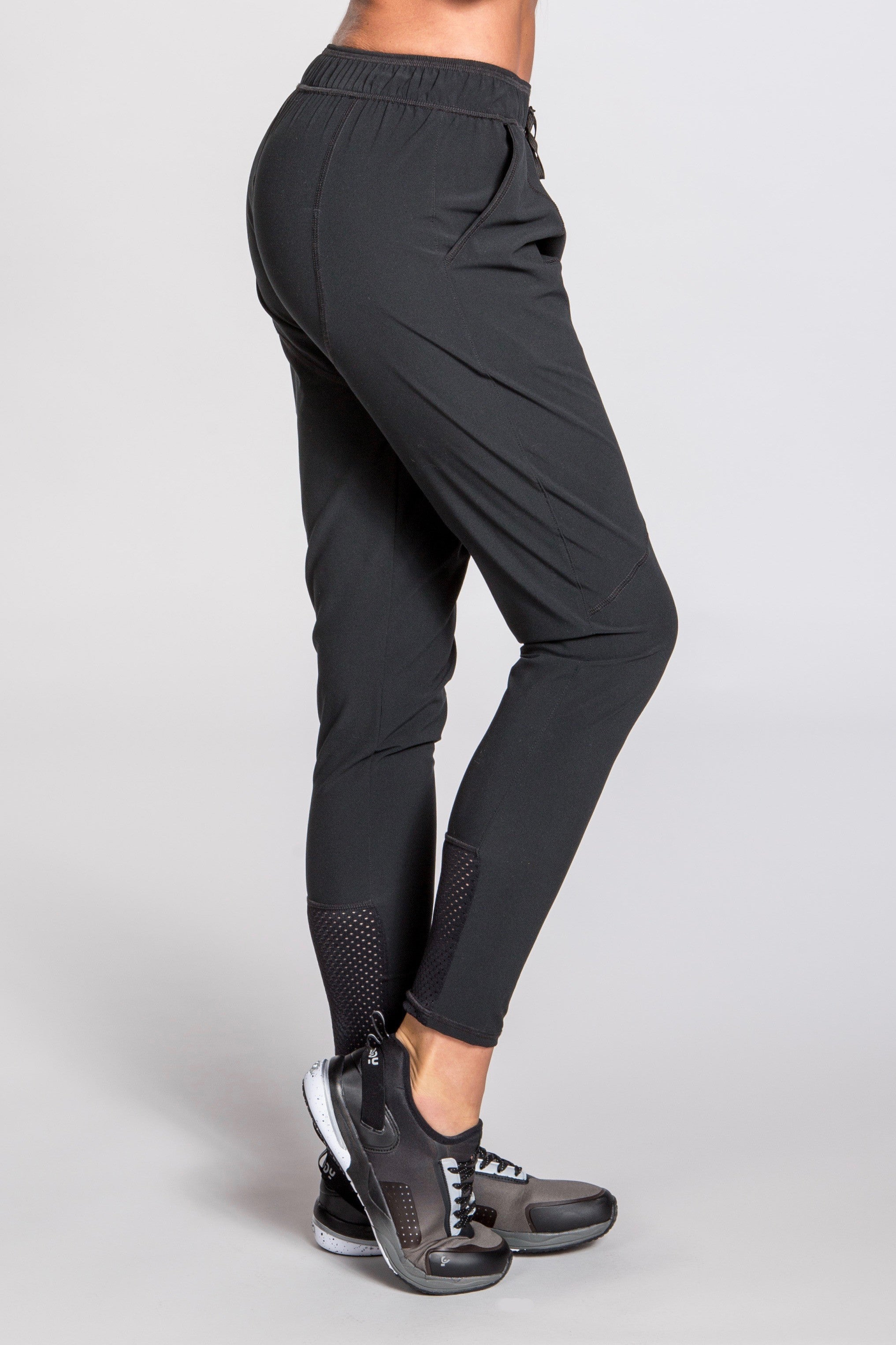 Peak Performance Pant - Black