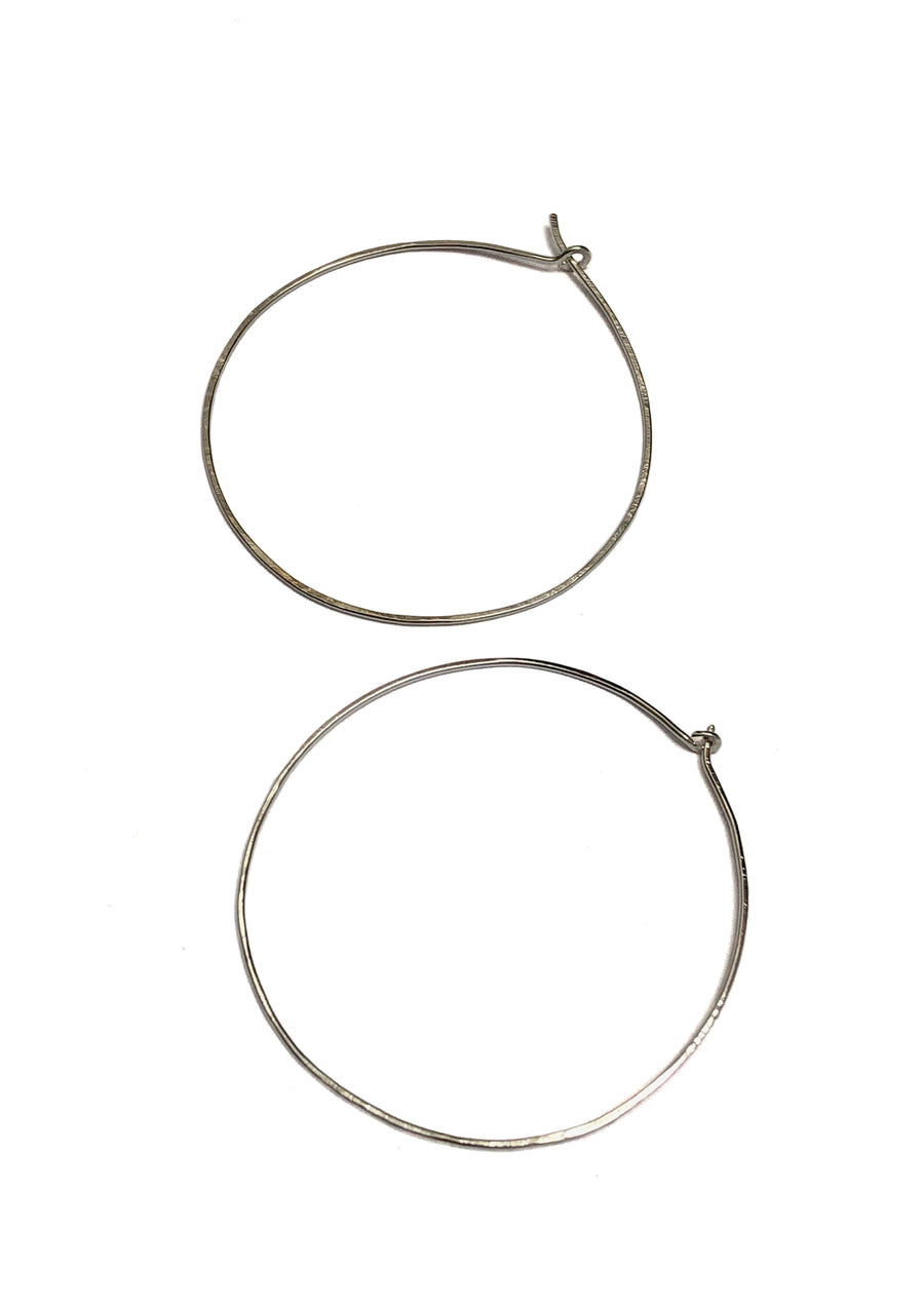 Fine & Good Medium Circle Hoops