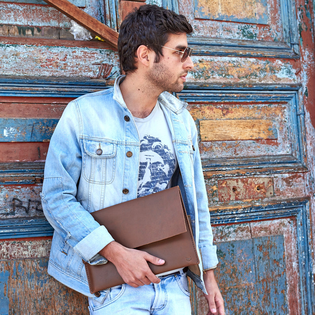 Macbook Pro Leather Case Minial Havana Candelaria by Capra Leather