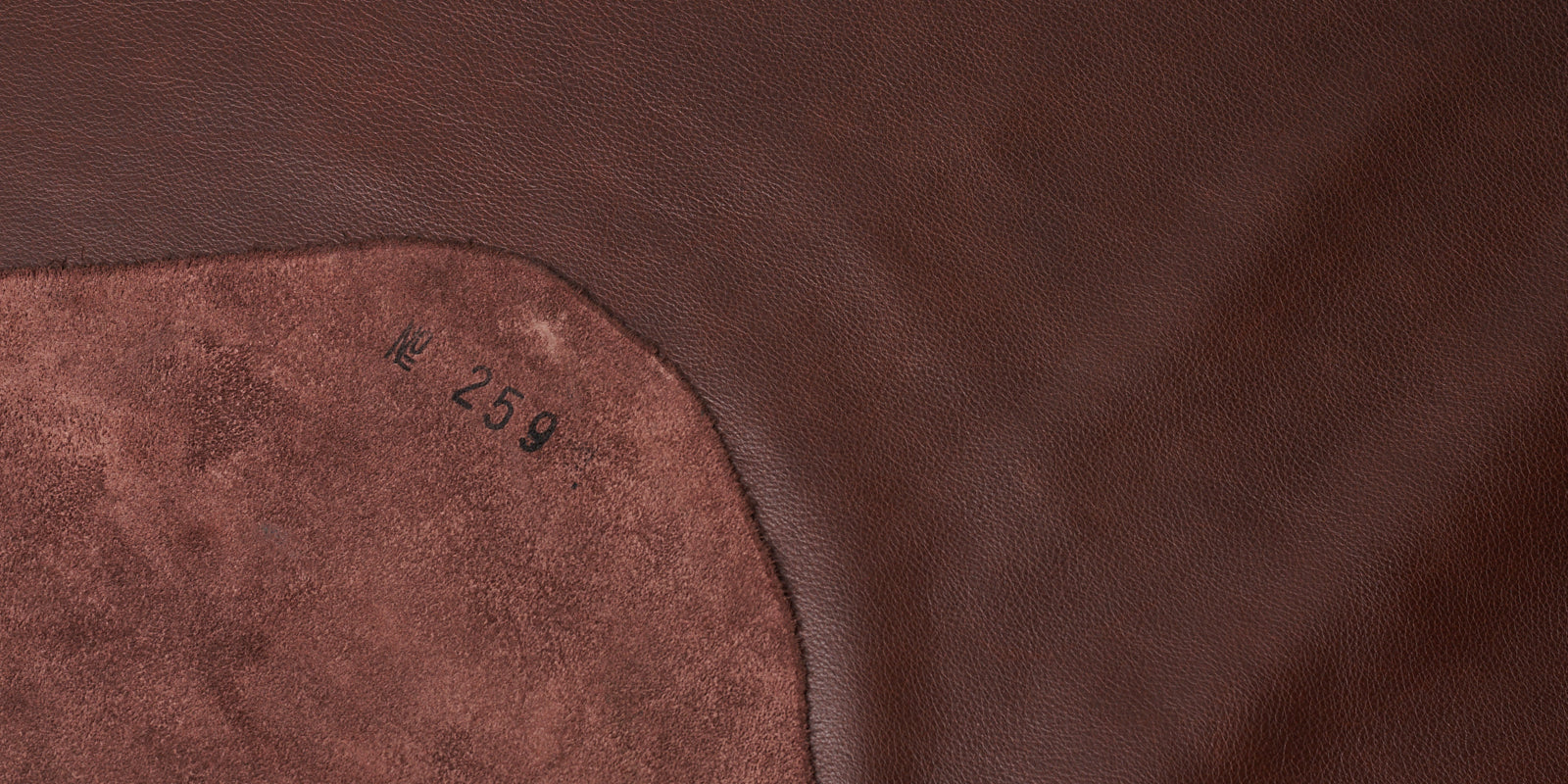 Sustainable sourcing. Premium Materials Capra Leather