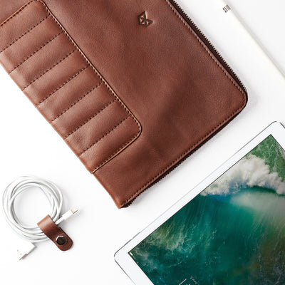 Apple accessories.  Brown Leather Laptop Portfolio Case. Laptops & devices Bag.