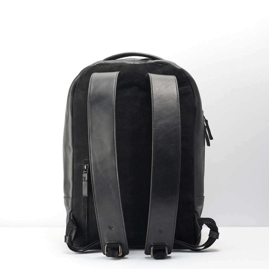 Bisonte Backpack · Black