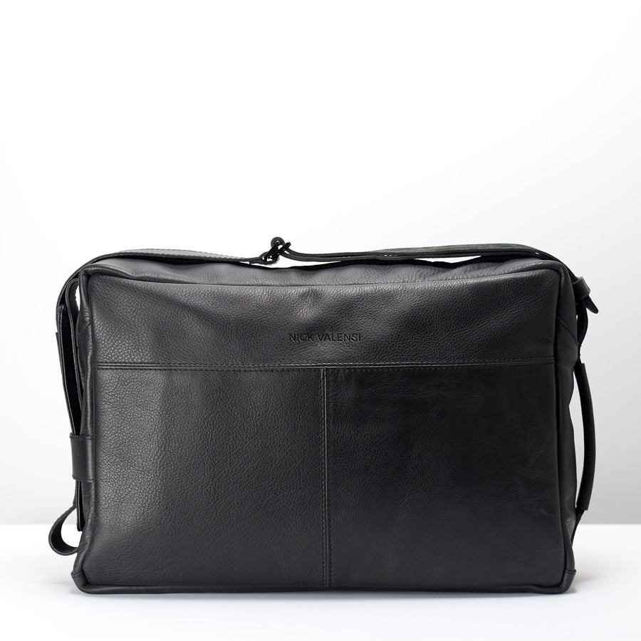 ADDOX MESSENGER BAG // BLACK