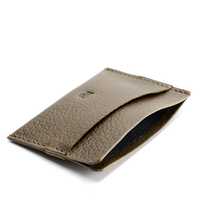 Soft anti scratch interior. Green card holder for men
