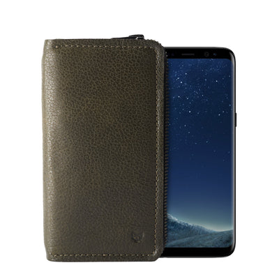 Cover.  Green handcrafted leather stand case for the Samsung Galaxy S8 and S8 Plus. Samsung sleeve wallet with card holder