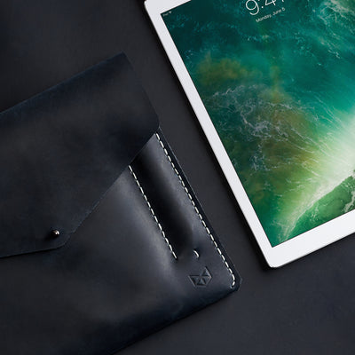 Mens case folio. Blue leather sleeve for iPad pro 10.5 inch 12.9 inch. Mens gifts