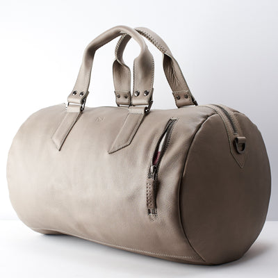 Front pocket. handcrafted Grey leather duffle bag for men. Grey leather carryall bag.