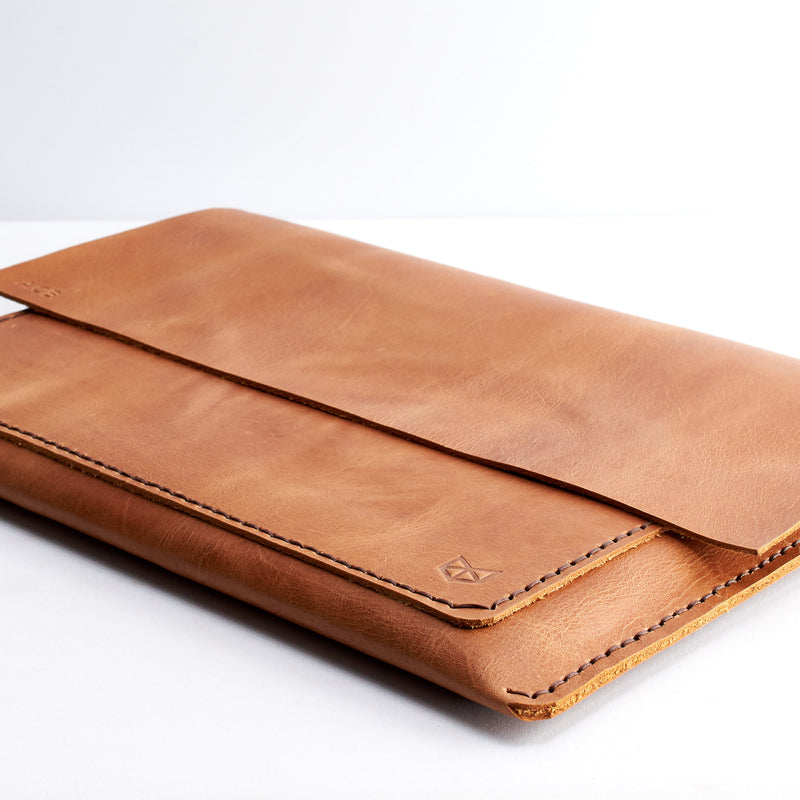 Light Brown Macbook Pro Touch bar sleeve. Mens leather folio. MacBook Pro 13 15 16 inch leather case sleeve by Capra Leather.