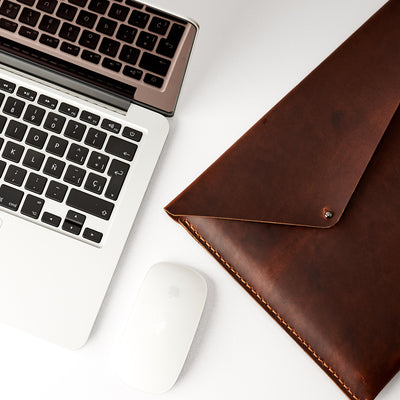 Pull up leather effect. Tan brown Macbook Pro Touch bar sleeve. Mens leather folio. Custom case for mens gifts