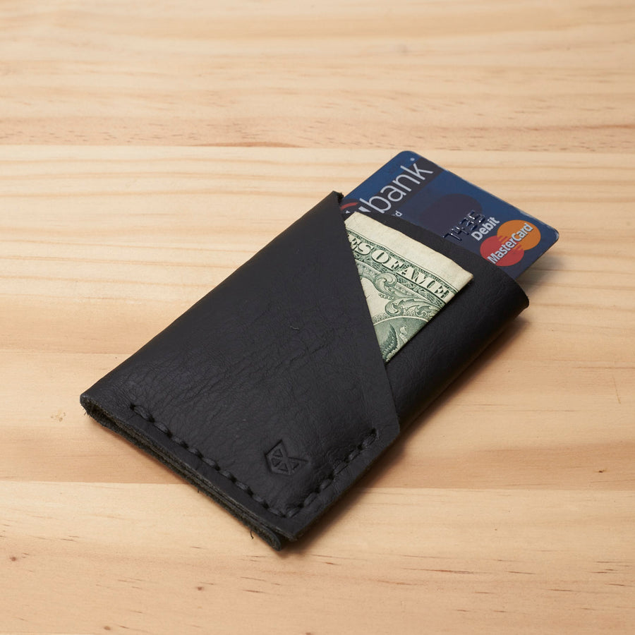 Slim kuo wallet, perfect gift for men. Black mens thin minimalist wallet. Custom gifts for men