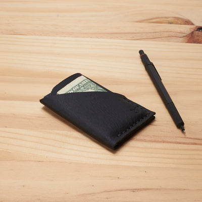 Slim kuo wallet, perfect gift for men. Minimalist designer thin wallet