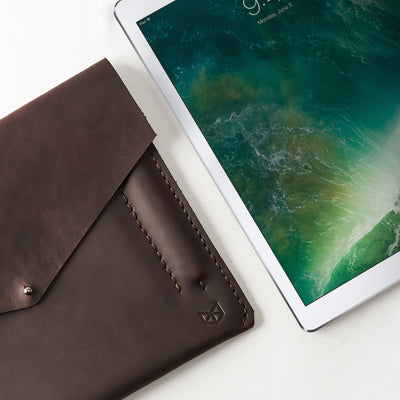 Apple accessories. Dark brown leather sleeve for iPad pro 10.5 inch 12.9 inch. Mens gifts