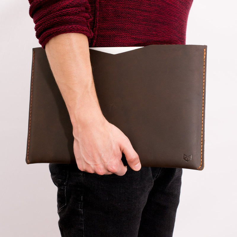leather Marron case for Macbook pro touch bar. Leather mens Apple's laptop sleeve for men