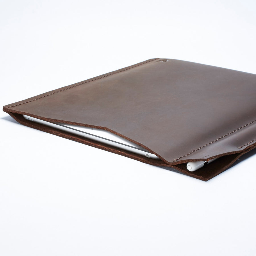 Draftsman 3 iPad Pro Case · Marron