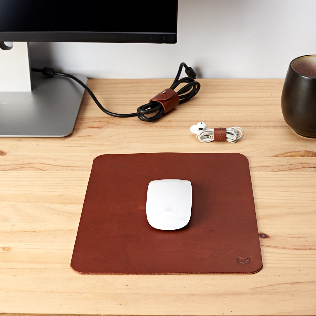 Minimalistic Marron Leather Mouse Pad + Cable Organizers, Boyfriend gift, Mousepads, Personalized stationary, Custom office supplies