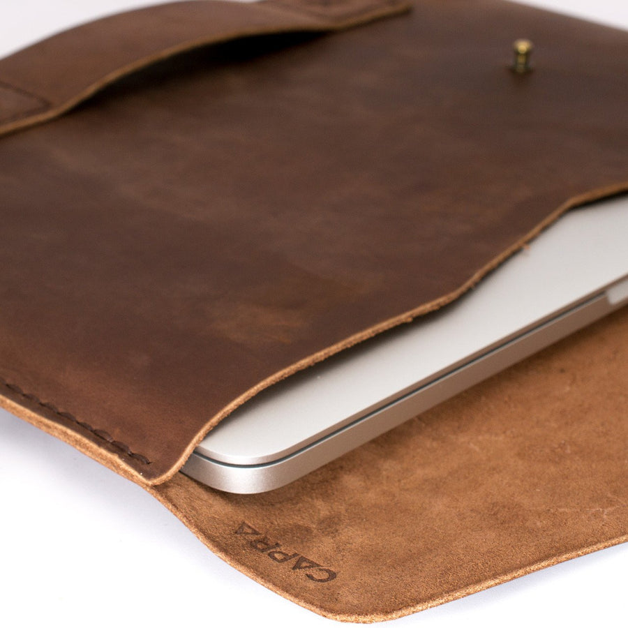 Slant MacBook Pro Case · Canela
