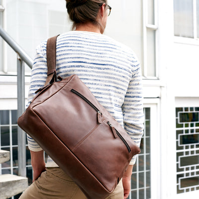 Urban Style. Brown handmade leather messenger bag for men. Commuter bag, Macbook 13 inch 15 inch laptop leather bag