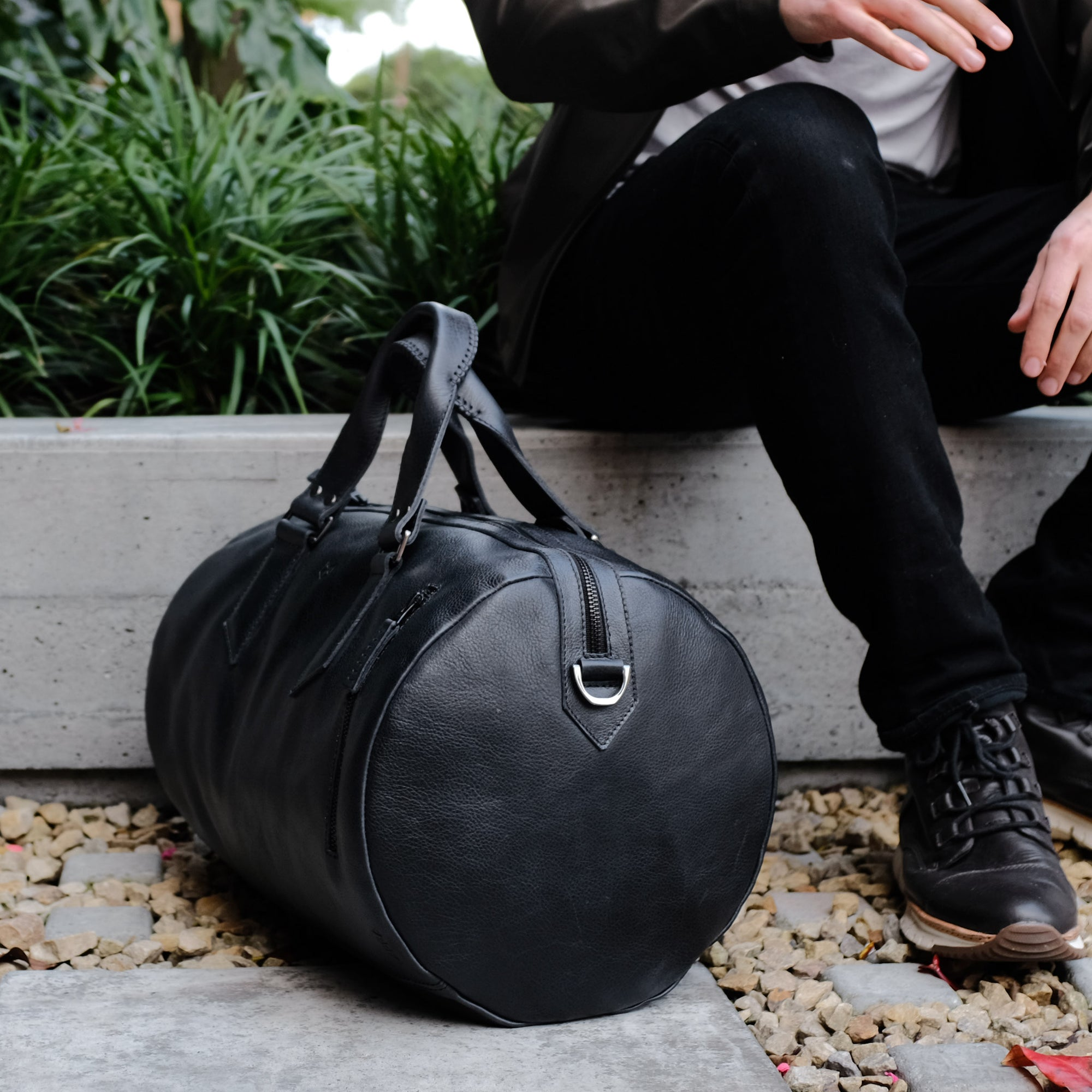 Style. Black leather weekender travel bag. Carry on cabin bag 41e143c67c327