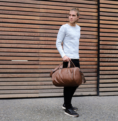 City style. Brown leather work out bag for mens gifts