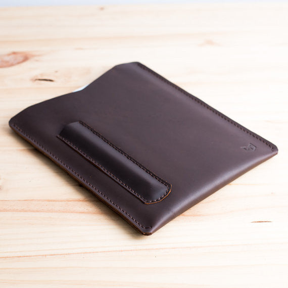 LUCID 2 IPAD CASE // MARRON