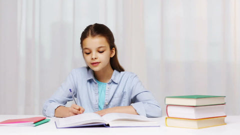 Girl at Thornhill tutoring