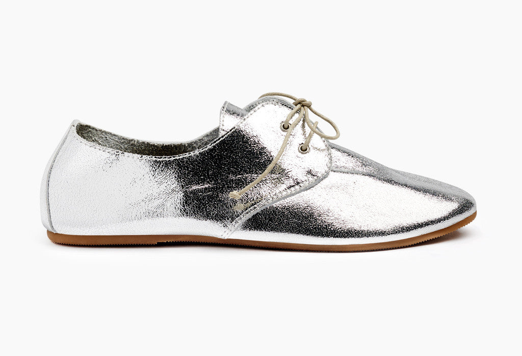 Women's Metallic Hobe Silver