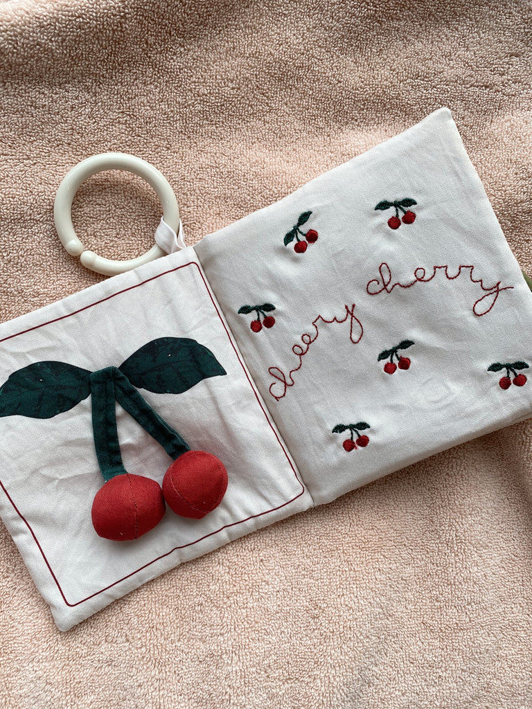 Konges Sloejd Baby Fabric Book Fruits