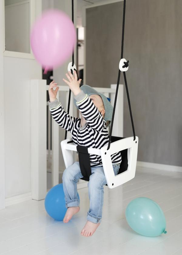Baby and Toddler Swing for Indoor Use - Lilla Gunga