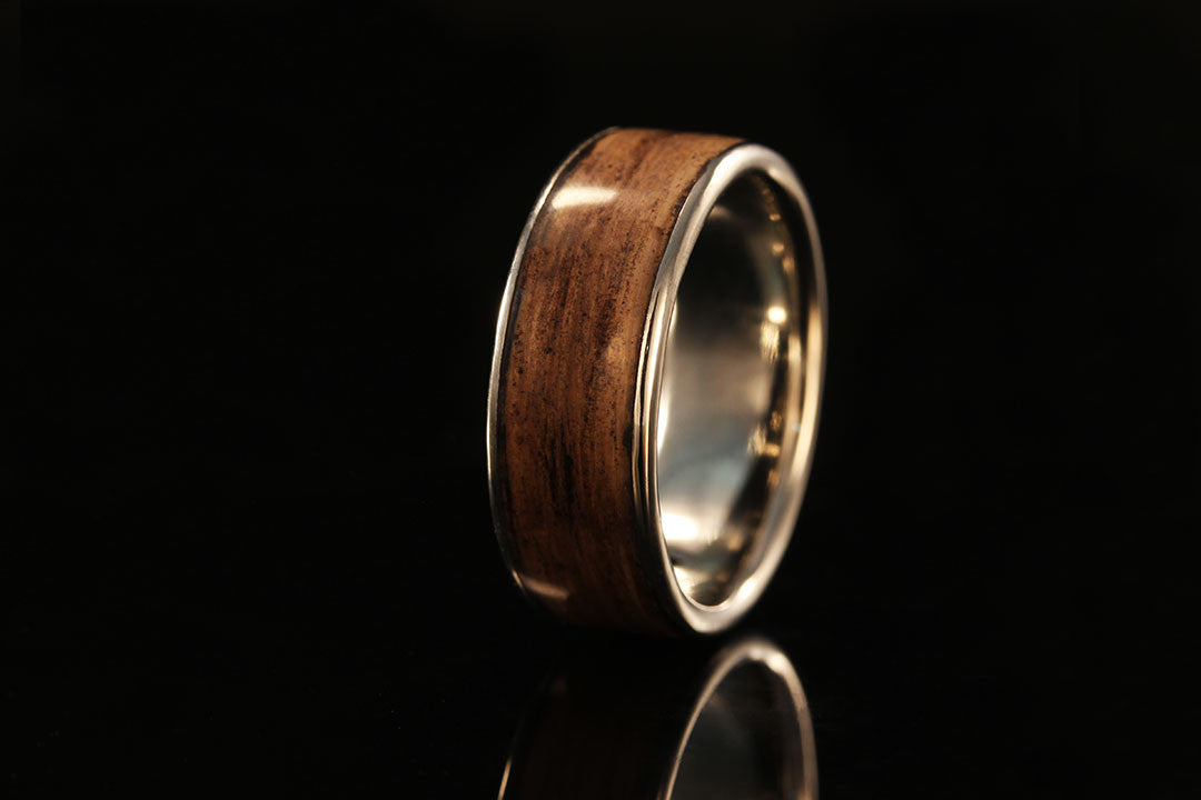 JACK DANIELS WHISKEY BARREL WOOD PLATINUM RING