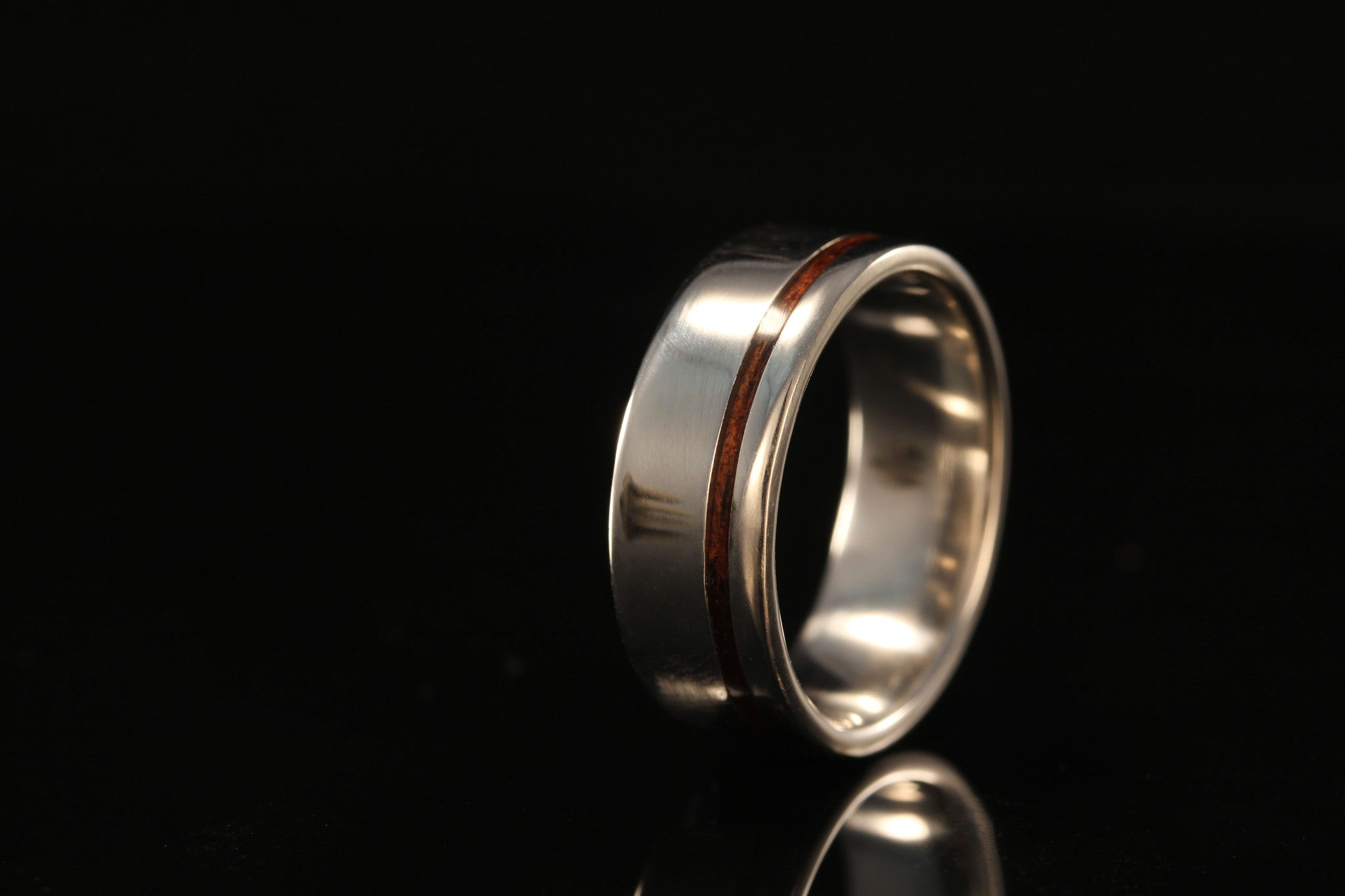 HAWAIIAN KOA OFFSET WOOD PLATINUM RING