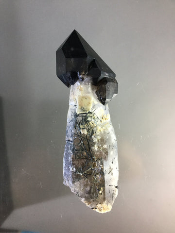 Quartz v. Smoky, Schorl