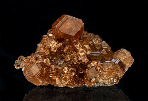 Grossular v. Hessonite