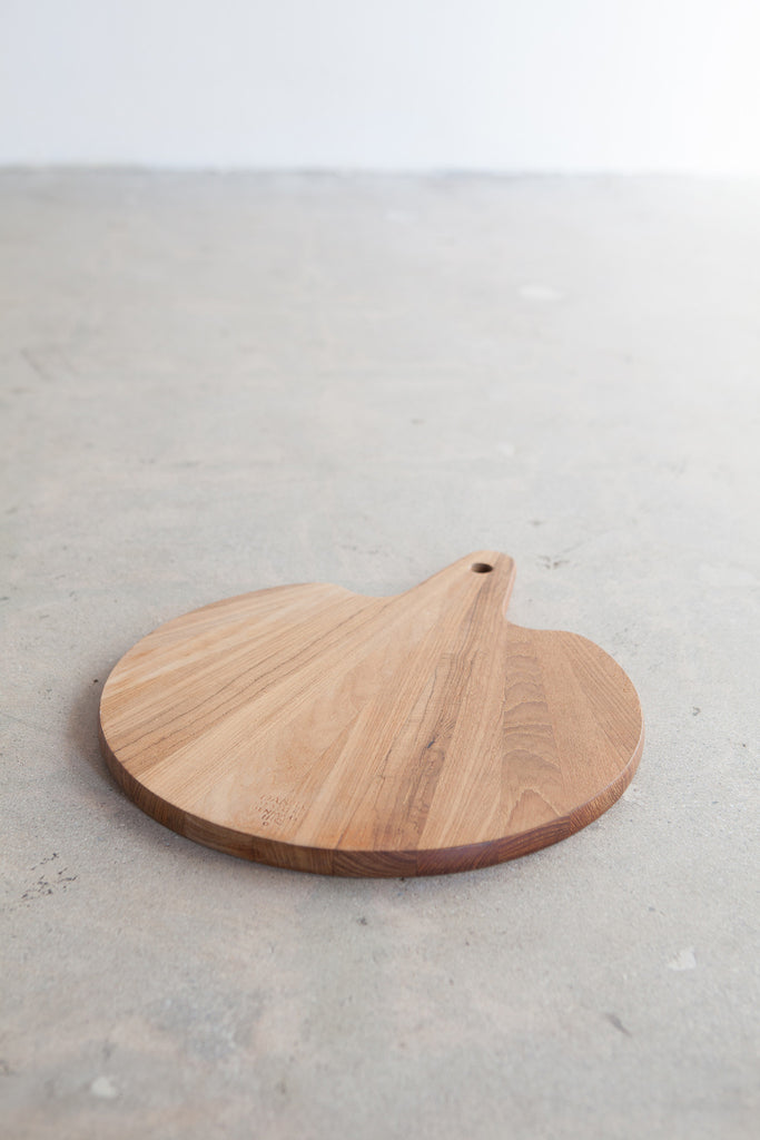 Vintage Gingo leaf shaped cutting board