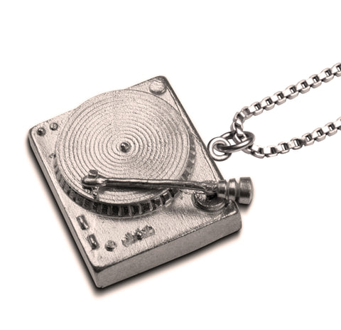 Turntable Necklace with box chain - The Stylish Man
