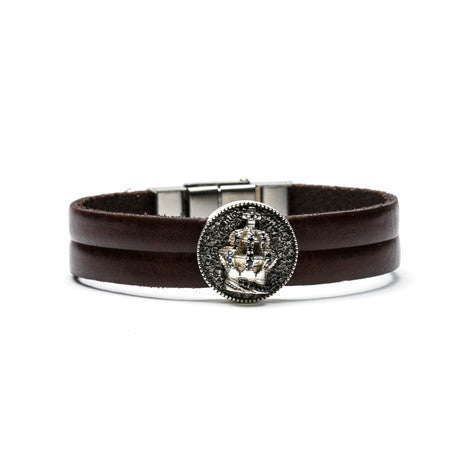 King Medallion & Leather Bracelet - The Stylish Man