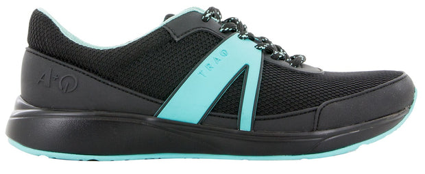 TRAQ Men's Qarma Shoe