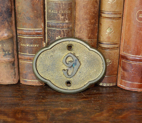 Antique Church Pew Number English Victorian Gilded Brass 6 or 9 Marker Plaque Mount - Antique Flea Finds