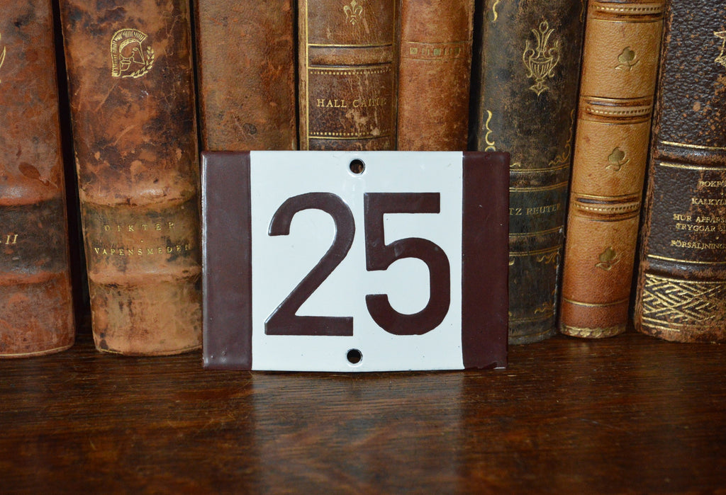 Vintage French Sign House Plaque Brown Number 25 - Antique Flea Finds - 1