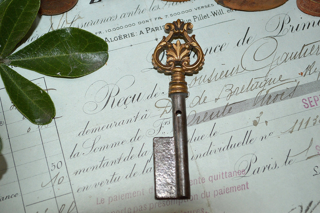 Antique French Barrel Key Acanthus Leaf Rare Uncut Skeleton 2 Available Sold Individually - Antique Flea Finds